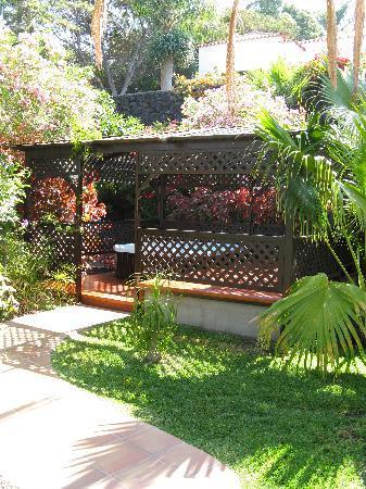 Jacuzzi photo de la palma jardin los llanos de aridane for La palma jardin