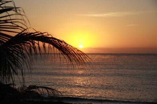 Luxury Bahia Principe Akumal Don Pablo Collection: Sonnenaufgang von unserem Zimmer aus