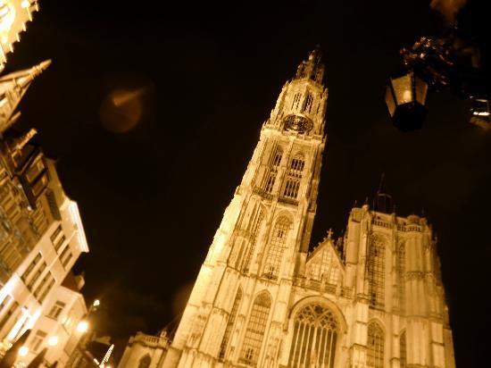 Antwerpen, Belgien: Onze-Lieve-Vrouwekathedraal