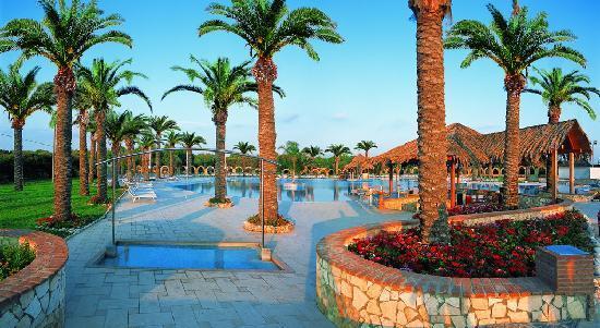 La Piscina Tropicale Foto Di Hotel Villaggio Stella