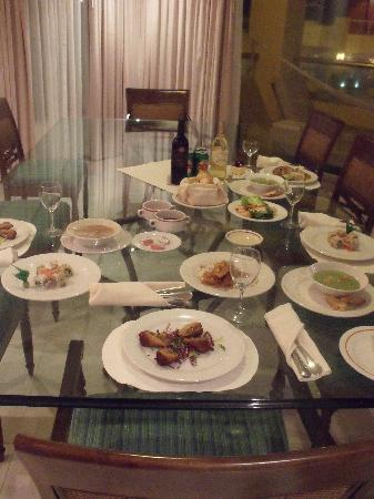 Hard Rock Hotel Riviera Maya: room service - yummy!  from different restaurants too!