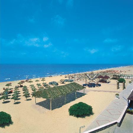 Hotel Villaggio Stella Maris: La spiaggia di sabbia bianca