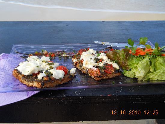 Rainbow Cafe: Goat cheese on brushetta with eggplant