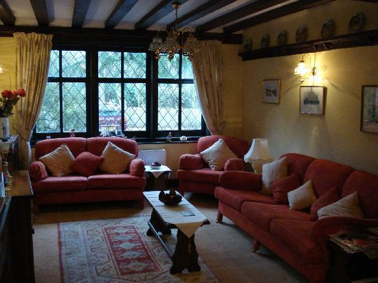 Oak Lodge Bed & Breakfast: breakfast area