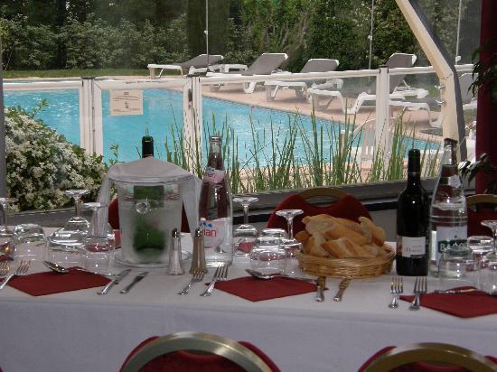Ibis Cavaillon Luberon : Restauration en salon privatif