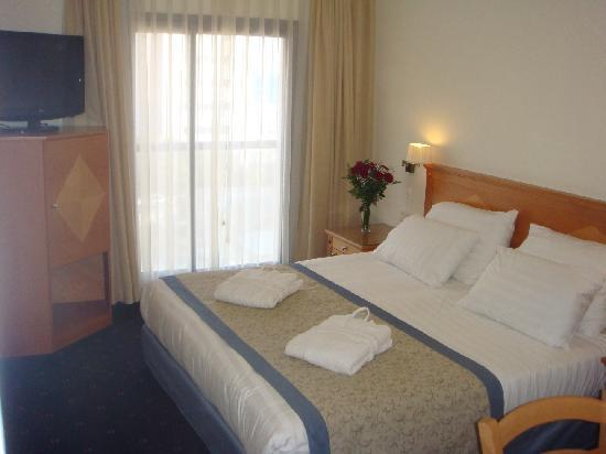 Armon Hayarkon Hotel Room