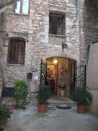 Hotel Lieto Soggiorno: Entrance