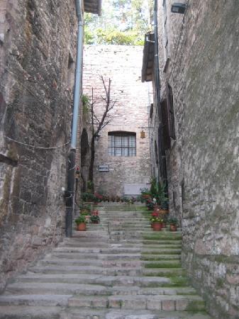 Hotel Lieto Soggiorno: Entrance Stairs