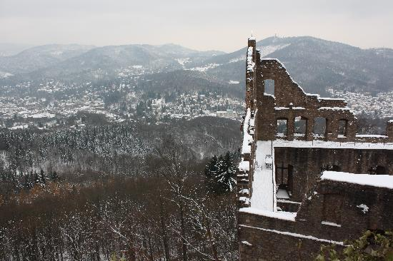 Burg Hohenbaden: edge of the castle with snowy Baden Baden in the background