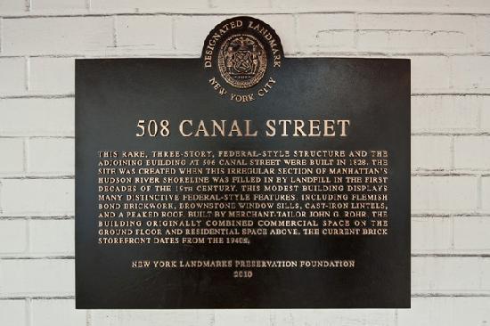 The Canal Park Inn: Landmark Tribeca Row House