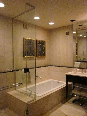 Bathroom with tub and shower picture of encore at wynn for Las vegas bathroom remodeling companies