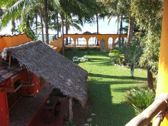 Bungalows Unelma: View to Beach from Upper Bungalow