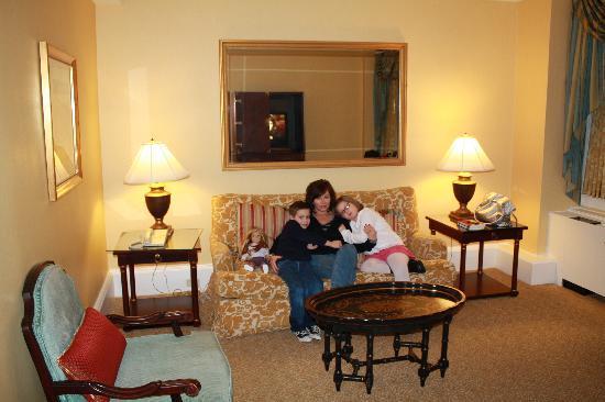 sitting area  room #1035