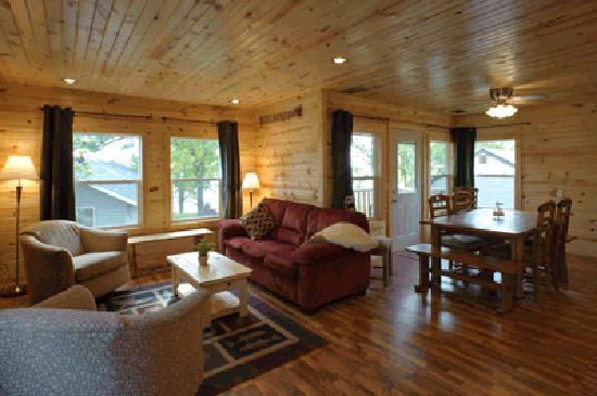 Cabin 8 Living room at Westridge Shores Resort