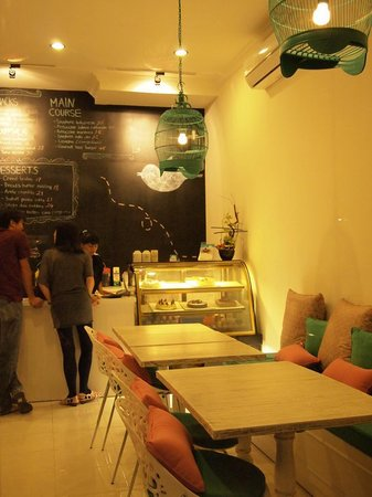 Sugar High Dessert House : Interior