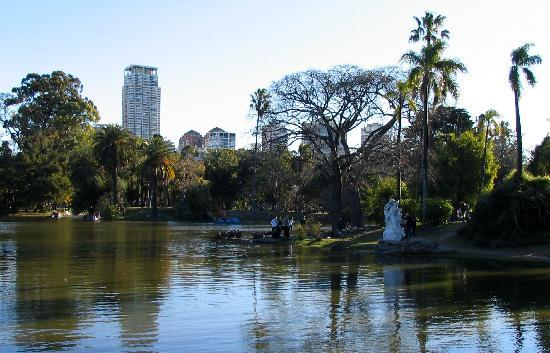 Buenos Aires, Argentinien: 'Bosques de Pallermo', a pretty and really big green park