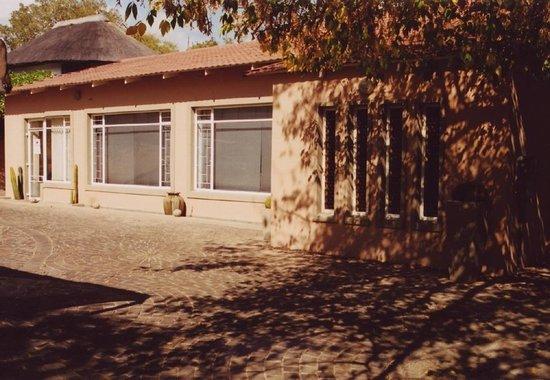 Crane's Nest Guest House @ 211: Crane's Nest Guest House