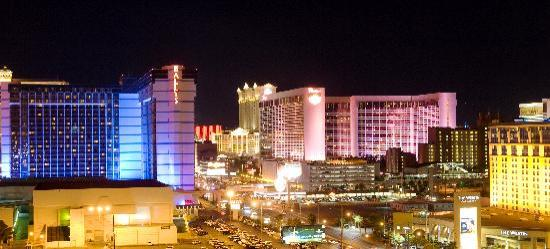 Platinum Hotel and Spa: View of the Strip from Balcony