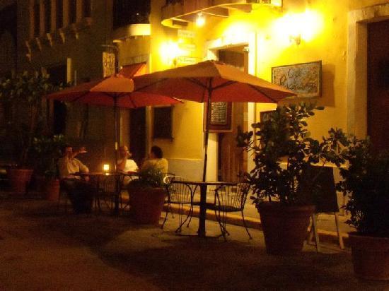Cafe Esperanza: out dinner..!