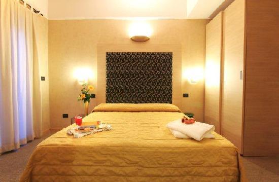 Hotel Villa Marina : Camera Gialla