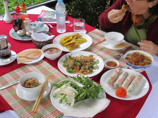 Betel Garden Villas: Welcoming Lunch.