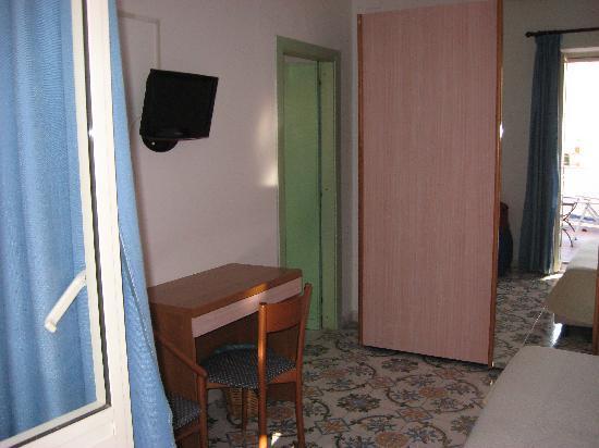 Ischia Porto, Italia: camera hotel