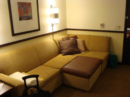 Hyatt Place Coconut Point: SOFA