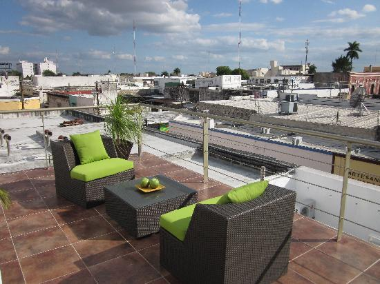 Hotel Eclipse Meridda: Rooftop lounge