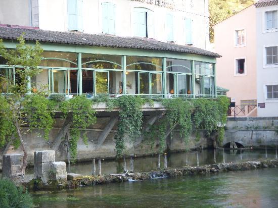 L'Isle-sur-la-Sorgue, Frankrijk: fontaine de vaucluse