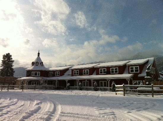 Beaver Valley Lodge: The main lodge with a fresh coating of snow.
