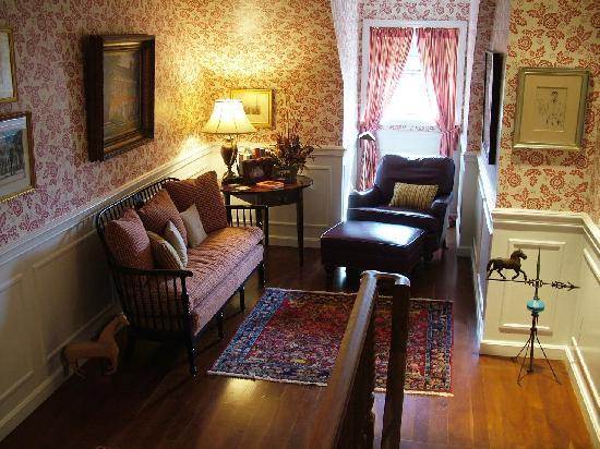 แกรนวิลล์, โอไฮโอ: The Derwen Del Reading Room - The Welsh Hills Inn - Granville Ohio Bed & Breakfast