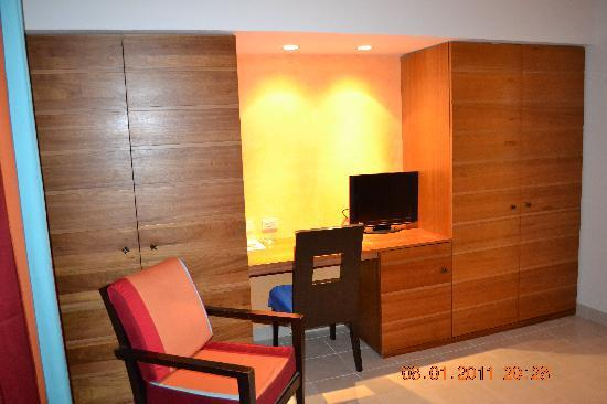 Chambre Avec 2 Grandes Armoires Picture Of Club Med