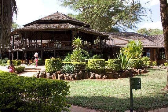 Ol Tukai Lodge: public area