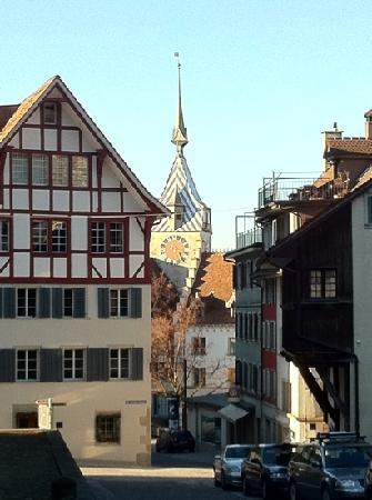 Zug, Suiza: city tower from the castle
