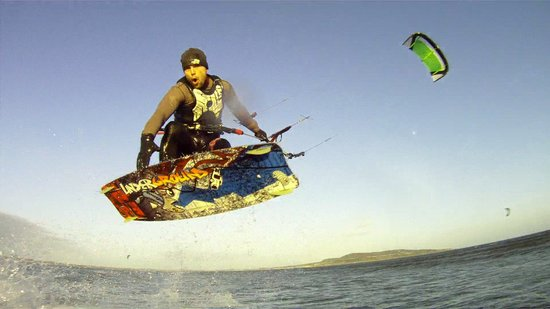 Kiteessence kitesurfing school