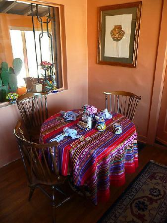 "The Joesler Historic Inn ""La Posada del Valle"": Breakfast Nook"