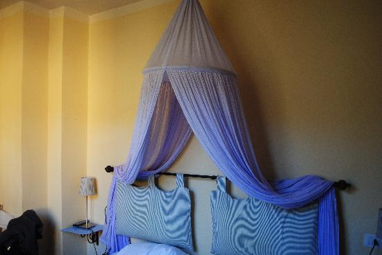 B & B Novecento: Bed