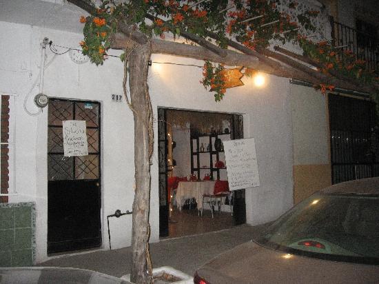 Zirahuen Café : Outside