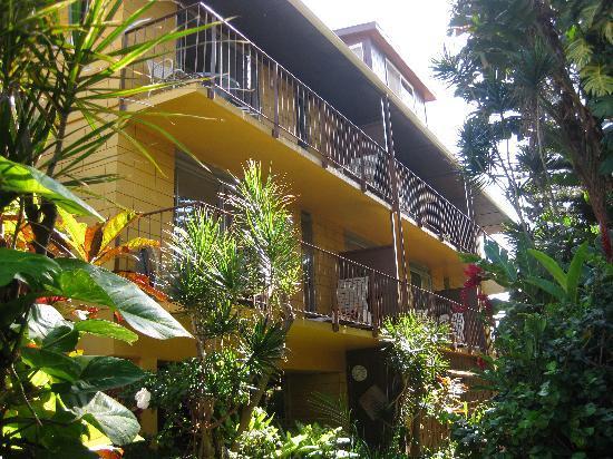 Hale Maui Apartment Hotel