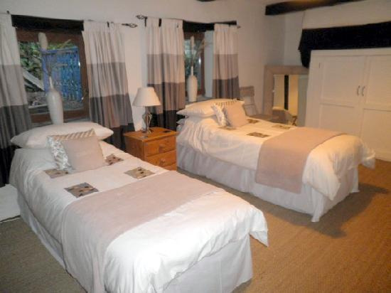 Old Salt House : New Twin Room - Part of the family suite