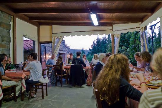 Agriturismo Acquaviva : Cosy restaurant
