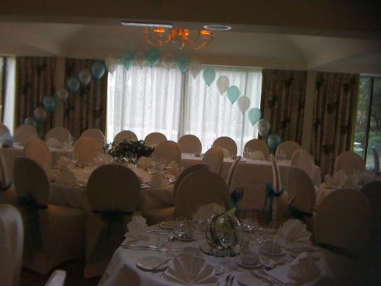 Riverside house hotel mildenhall reviews photos for Angel thai cuisine riverside ca