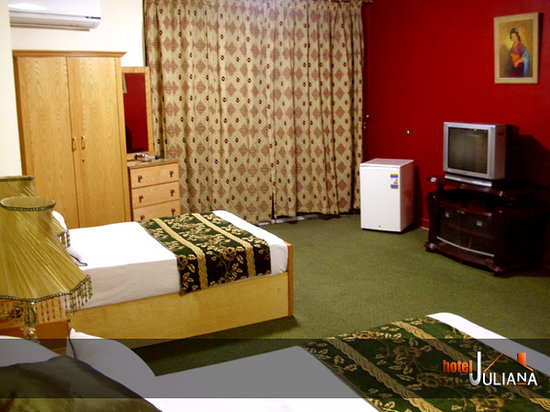 Mandarin Hostel: Juliana hotel hostel all room facilities