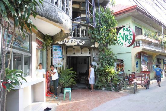Villa Romero de Boracay: A view from the outside