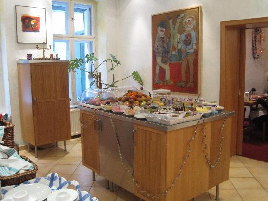 Pension Bornholmer Hof: Sala colazione