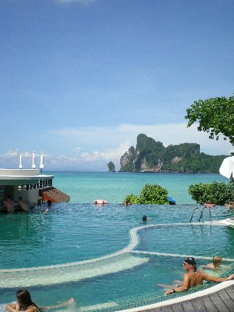 PP Princess Resort: Infinity pool with direct access from the room