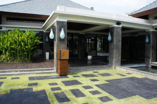 Banyan Tree Ungasan, Bali: Bamboo Restaurant