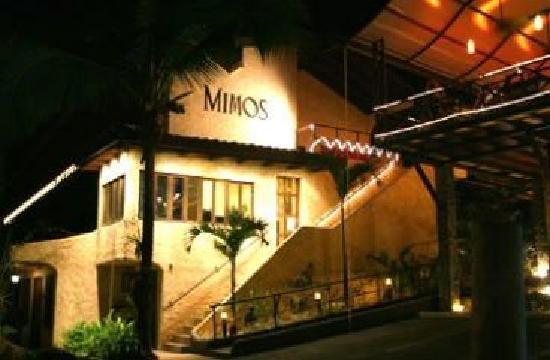 Hotel Mimos: de frente
