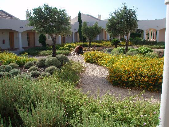 Vale d'Oliveiras Quinta Resort & Spa: Outside apartment