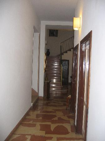 Hotel Belvedere: Upstairs Hallway